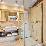 Mezonet s krbom, 4-lôžkový apartmán s dvomi kúpeľňami - Hotel PARTIZÁN