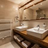 Apartmán Komfort s veľkou kúpeľňou - Hotel PARTIZÁN