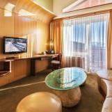 Tematická izba Honeymoon suite pre novomanželov - Hotel PARTIZÁN