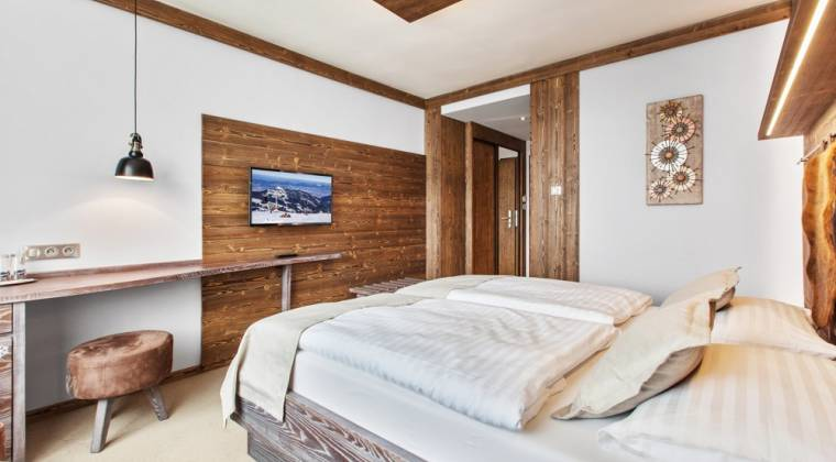 Dvojlôžková izba Panorama Classic s výhľadom na Tatry - Hotel PARTIZÁN