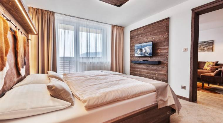 Apartmán de Luxe s nadčasovým interiérom - Hotel PARTIZÁN