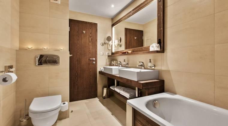 Apartmán de Luxe s modernou kúpeľňou - Hotel PARTIZÁN
